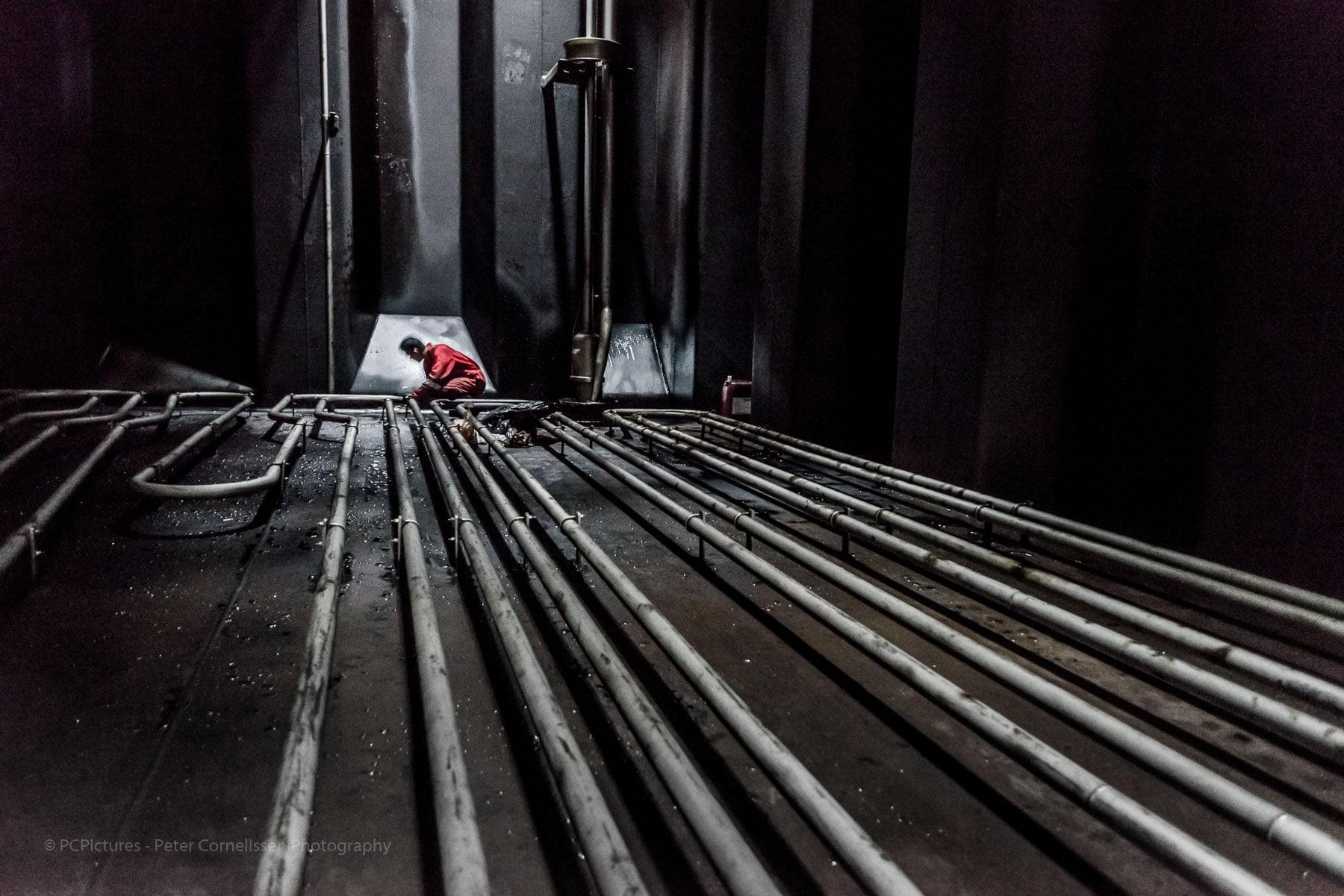 Activiteiten, Activities, Bemanning, Crew, Holland, Jervie, Jose Jervie Quiban Romero, Mensen, Nederland, Netherlands, Oil / Chemical Tankers, Olie / Chemicalieën tankers, People, Places, Rotterdam, Schepen, Shipping, Ships, Tank cleaning, Tankers, Thun Gothenburg, scheepvaart, zeevaart