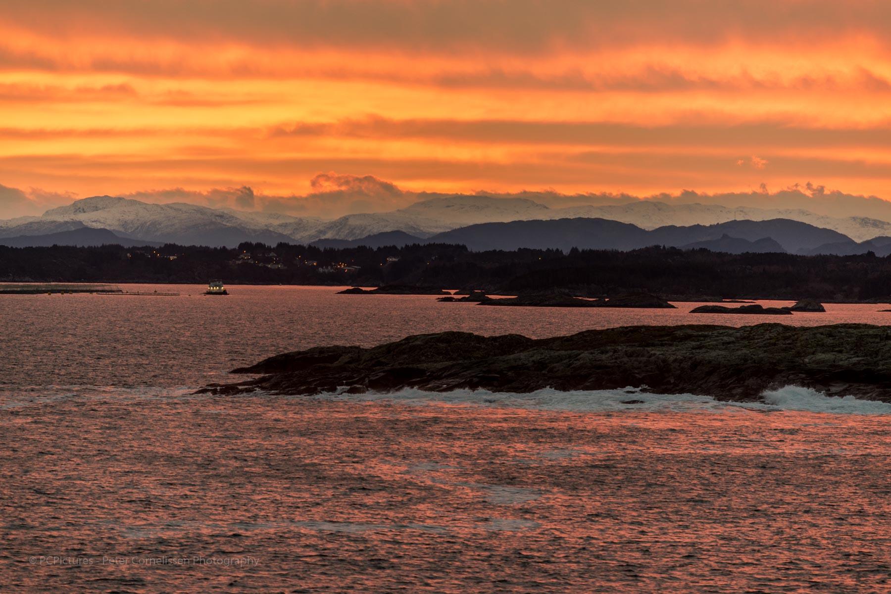 Foto catagoriëen, Landen, Mongstad, Noorwegen, Norway, Seascape, Sunrise, Zonsopkomst, zeegezicht