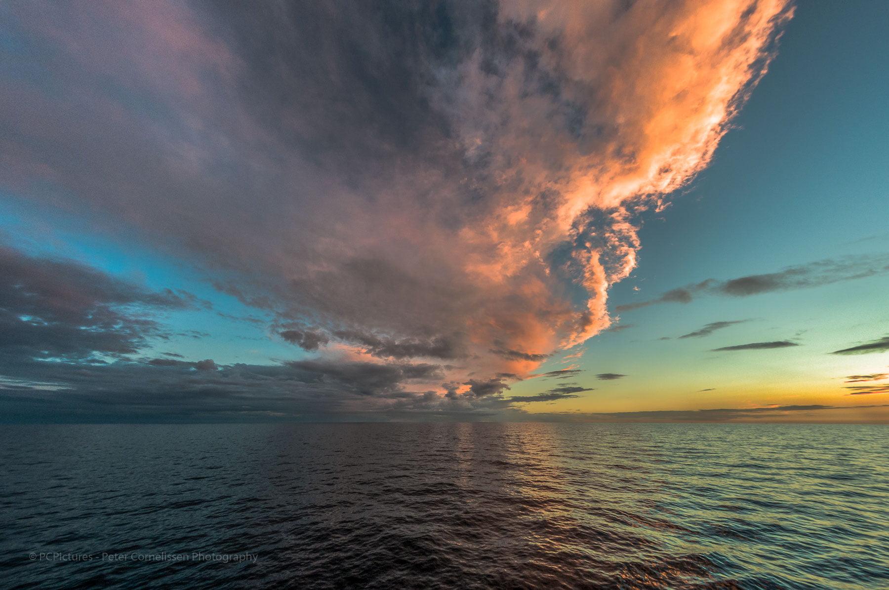 Clouds, Foto catagoriëen, Seascape, St George Channel, Sunset, Zonsondergang, lken, pcpictures.nl, zeegezicht